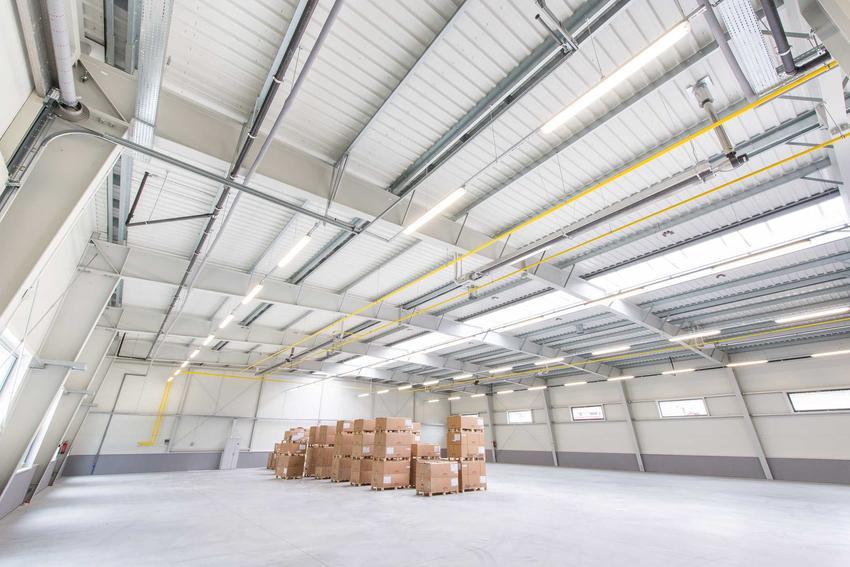 Hale produkcyjne i inne hale namiotowe i hale stalowe, a także ceny budowy i montażu hali krok po kroku