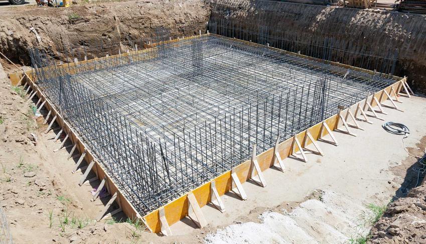 Fundamenty i wykopy pod fundamenty, czyli kopanie fundamentów pod dom czy wykopy pod ławy fundamentowe