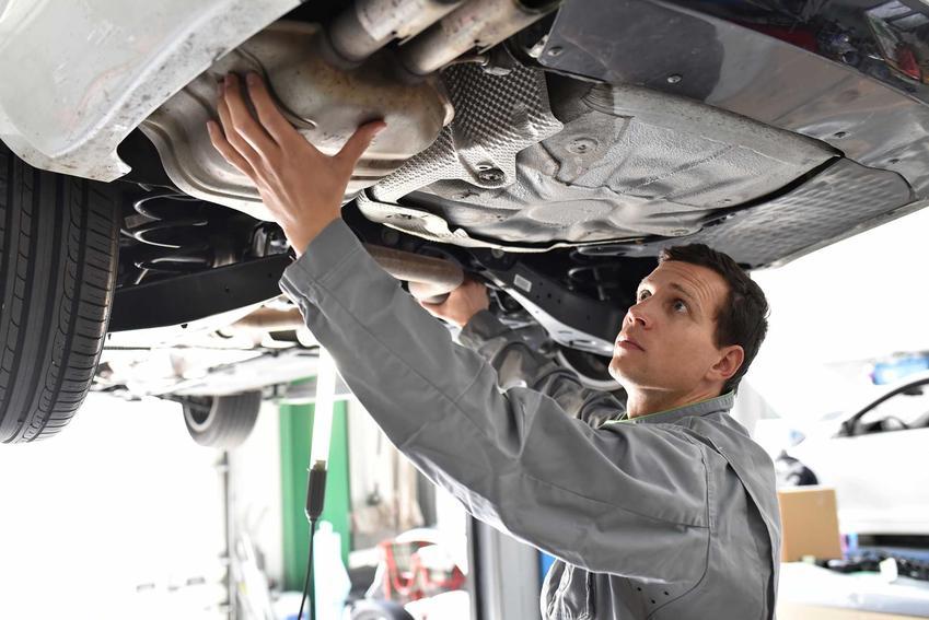 Zobacz, jakie są ceny katalizatorów samochodowych w skupie. Koszt katalizatora samochodowego w skupie i sklepie.