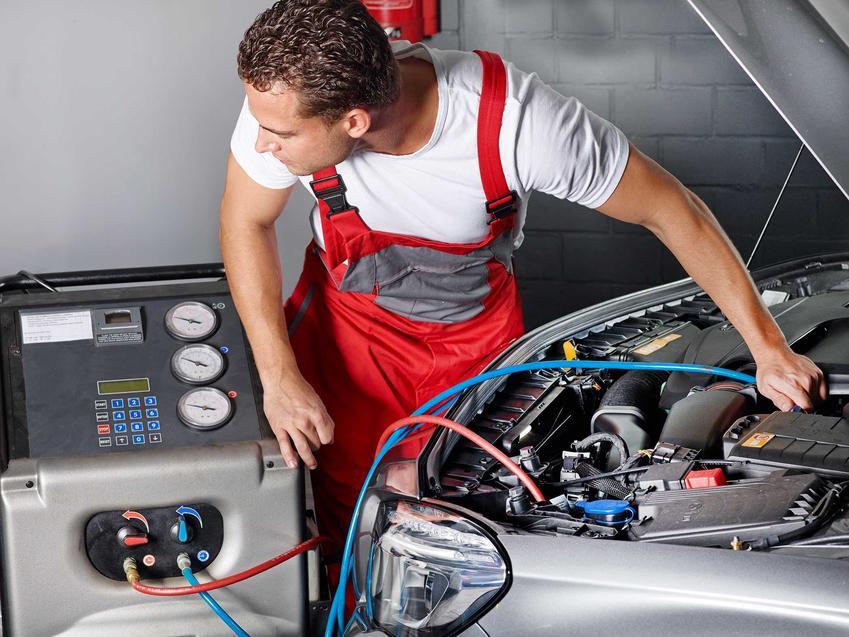 Cennik serwisu i odgrzybiania klimatyzacji - koszt zadbania o klimatyzację w samochodzie w serwie lub warsztacie.