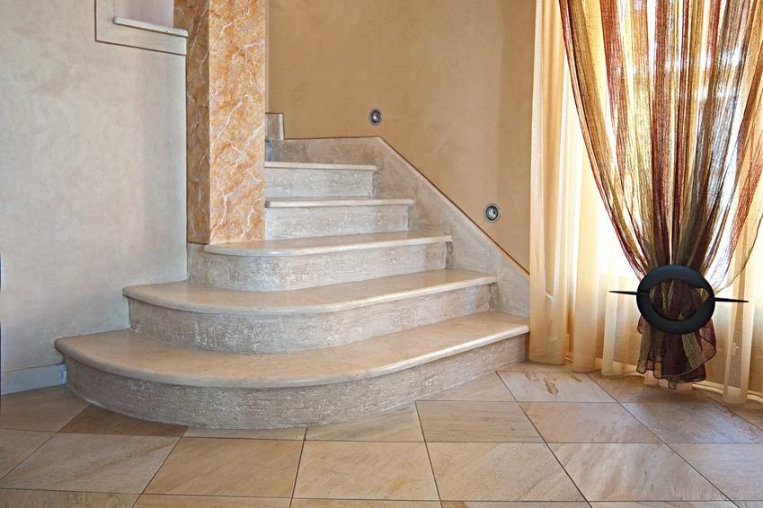 Schody marmurowe jako schody wewnętrzne, a także schody marmurowe zewnętrzne oraz koszty, opinie i ich wady i zalety