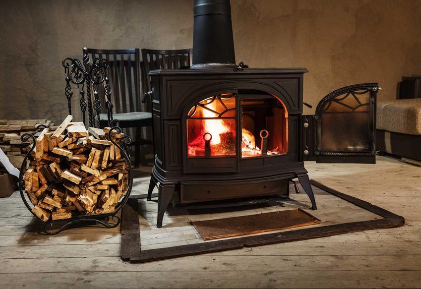 Kominek grzewczy z rozprowadzeniem ciepłego powietrzazprowadzenie ciepła i jego schemat podłączenia