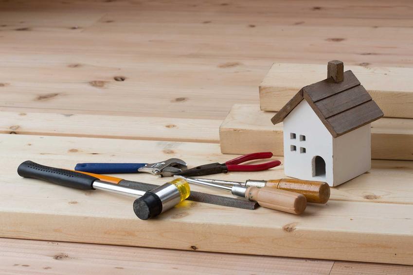 Wykończenie mieszkania jest dosć kosztowne, można jednak wziąć na to kredyt hipoteczny. To jednak znacznie zwiększy koszt wykończenia mieszkania.
