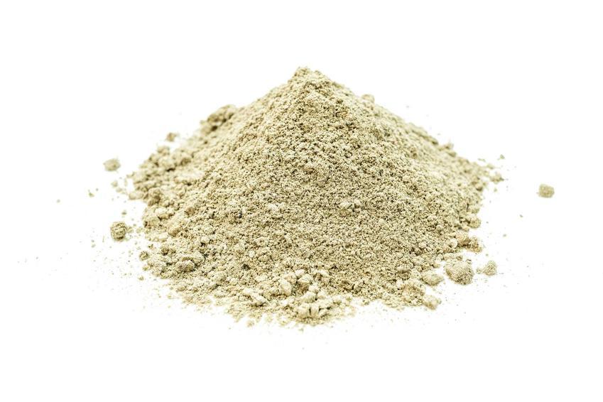Wapno węglanowe na białym tle jako wapno nawozowe oraz cena wapna węglowego, zastosowanie, skład, wykorzystanie, dawkowanie