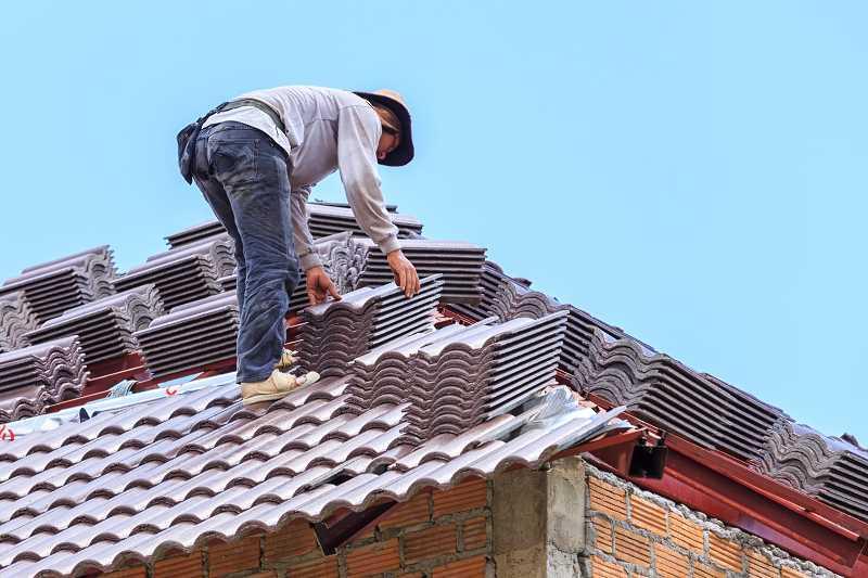 Koszt dachu czterospadowego może być wyższy niż koszt dachu płaskiego lub dwuspadowego. Dach czterospadowy jest bardziej atrakcyjny.