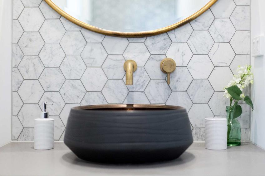 Kafelki do łazienki, czyli płytki łazienkowe oraz modna glazura do łazienki i płytki ceramiczne, ceny oraz producenci