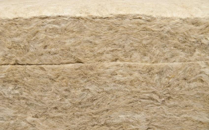 Wełna mineralna lub wata ociepleniowa. na przykład rockwool czy isover i ich cena, zastosowanie, wady i zalety