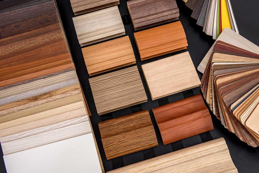 Okleina meblowa lub okładzina meblowa w różnych kolorach oraz polecana tapeta meblowa, czyli renowacja mebli w domu