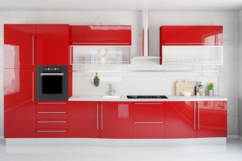 Czerwone meble kuchenne, a także informacje o producentach, modelach, ceny i rodzaje mebli oraz gotowe zestawy