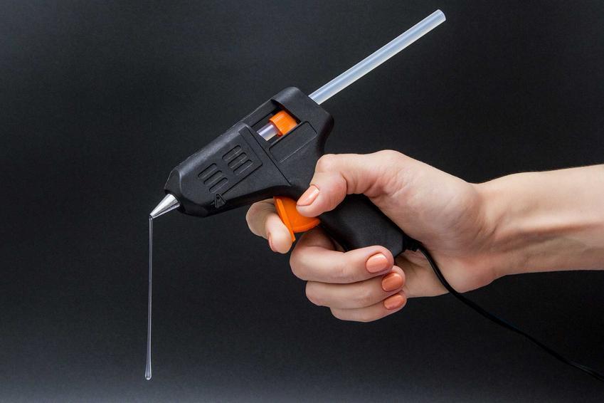 Klej na gorąco i pistolet do kleju oraz zastosowanie klejów na gorąco i rodzaje klejów - porady praktyczne