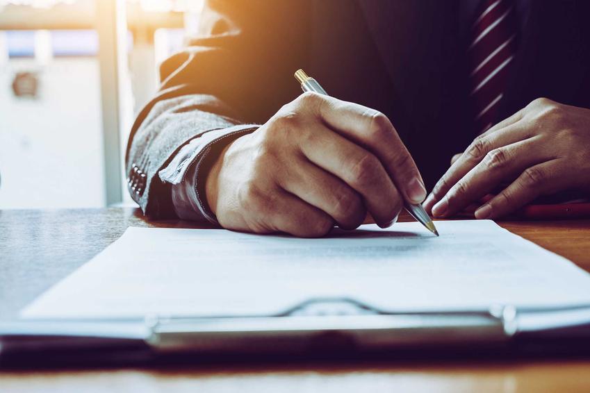 Podpisywanie dokumentu oraz operat wodnoprawny, czyli operaty wodne, opracowanie, wymagania i wzór dokumentów