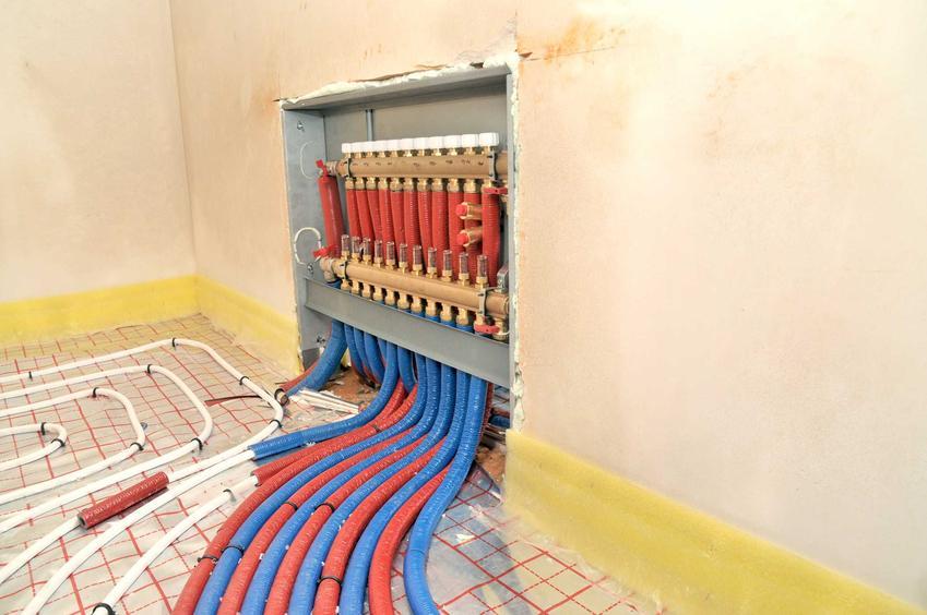 Schemat instalacji ogrzewania podłogowego, czyli projekt i schemat podłogówki, a także instalacja podłogowa krok po kroku