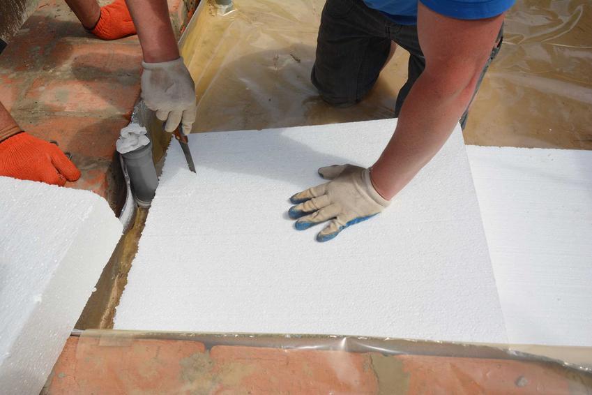 Ocieplanie podłogi styropianem, czyli ocieplenie podłogi i izolacja podłogi w domu na gruncie i nie tylko