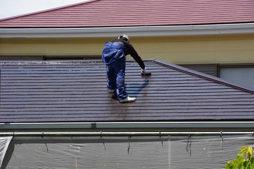 Malowanie blachy ocynkowanej, czyli farba na ocynk i farba do blachy ocynkowanej, a także farba na dach