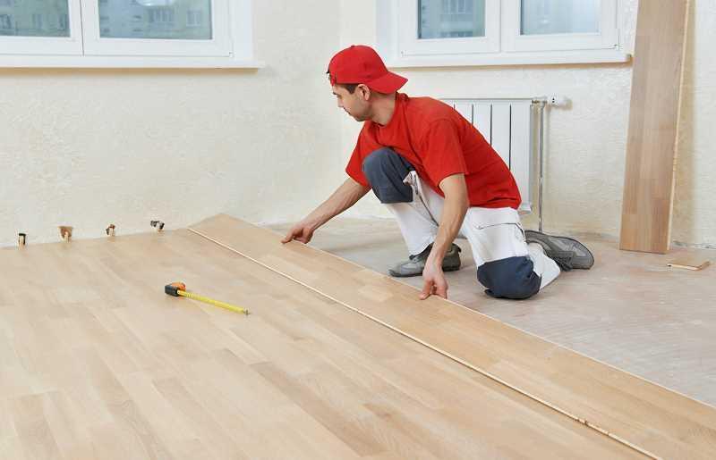 Samodzielny montaż paneli przez właścicieli mieszkania, a także najlepsze panele podłogowe, modele, producenci i zastosowanie