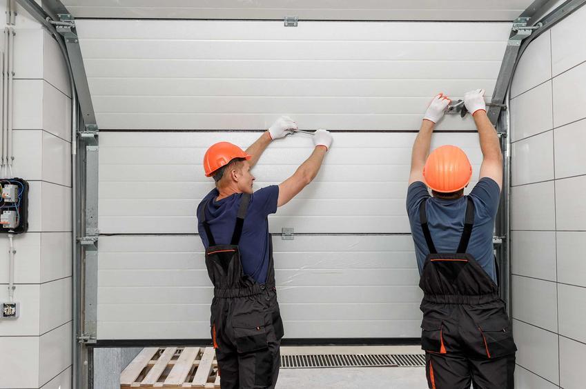 Bramy garażowe segmentowe, czyli panelowe bramy garażowe lub wrota segmentowe, a także ich ceny i opinie