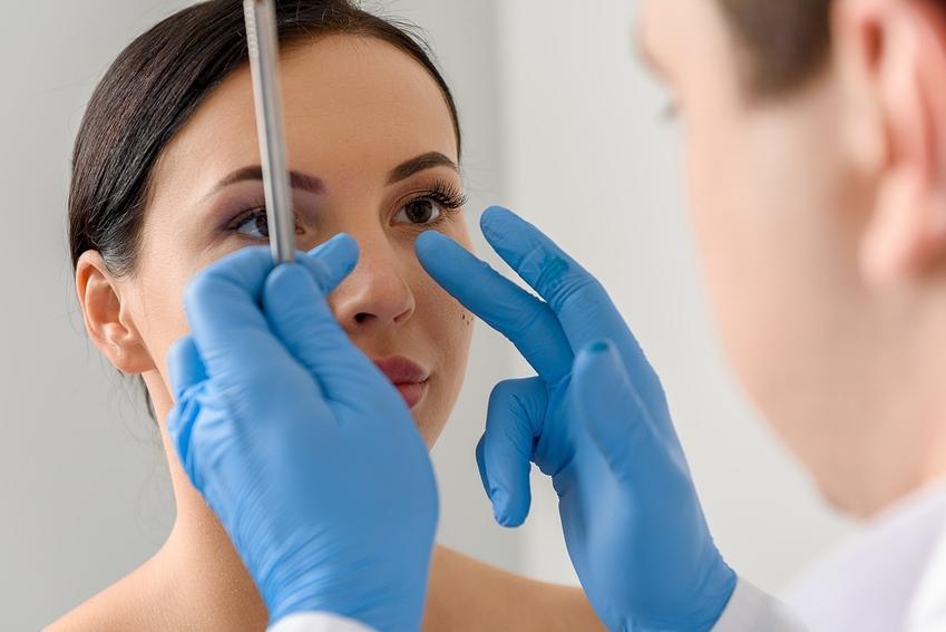 Cena operacji plastycznej nosa - sprawdź ile kosztuje taki zabieg w ponad 160 miastach w Polsce