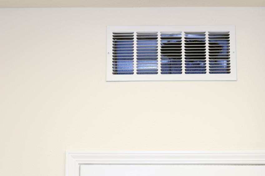 Czerpnia powietrza, w tym czerpnia dachowa i ścienna oraz jej zastosowanie