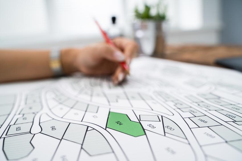 Mapa katastralna czy też mapa ewidencyjna podczas przygotowywania oraz porady
