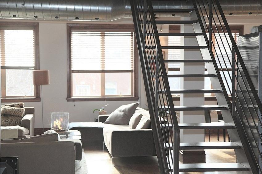 Dlaczego warto wybrać stalowe schody