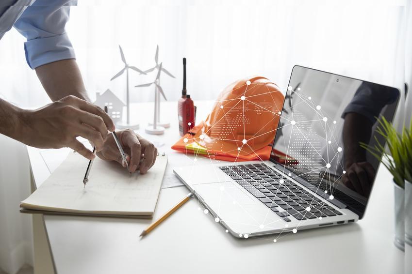 Komputer jako inspiracja dla tworzenia projektu, a także polecany blog budowlany i forum budowlane