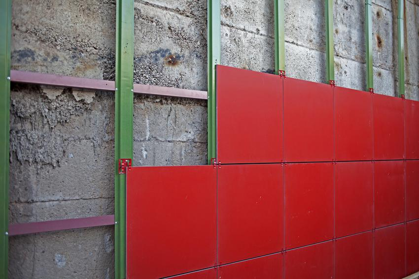 Czerwone elewacje wentylowane, a także polecane okładziny elewacyjne wentylowane