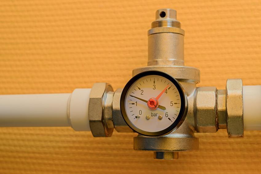 Reduktor ciśnienia wody po zamontowaniu, a także cena za zawór redukcyjny