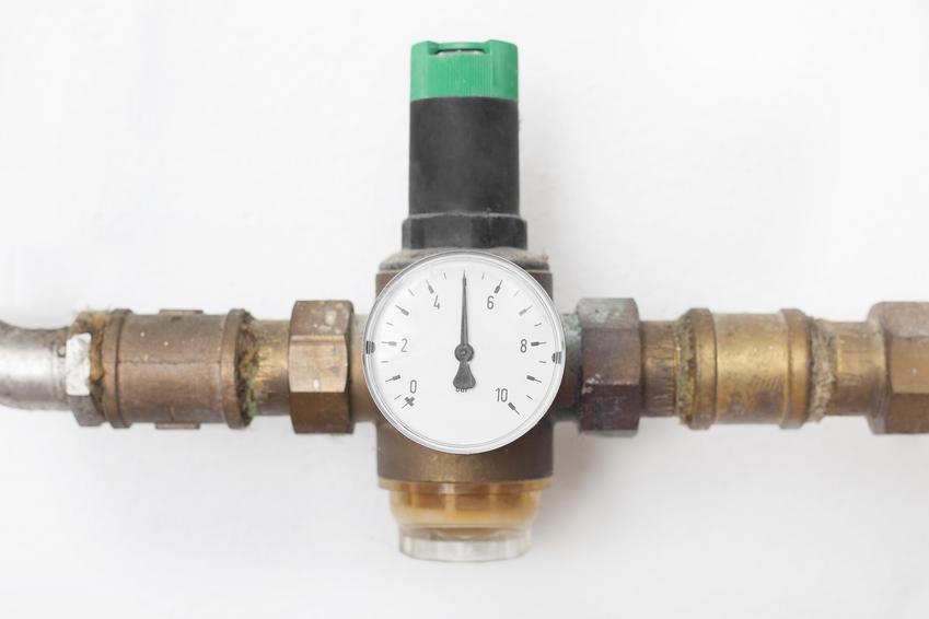 Reduktor ciśnienia wody oraz polecany regulator ciśnienia wody i jego cena