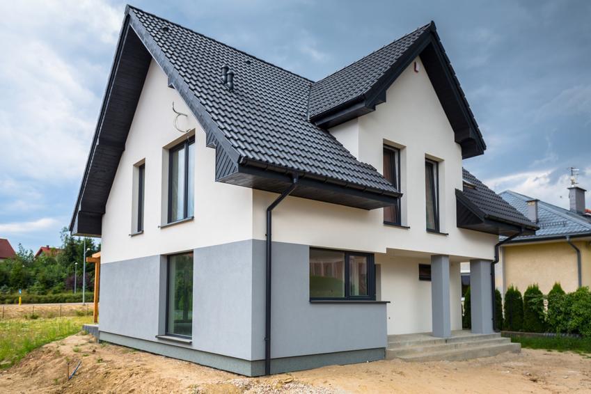 Dom jednorodzinny, a także tynk silikatowy zewnętrzny i jego cennik