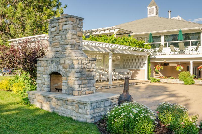 Nowoczesny grill murowany z kamienia w ogrodzie, a także jak zrobic własny ogrodowy grill krok po kroku: projekt, wykonanie, zaprawa