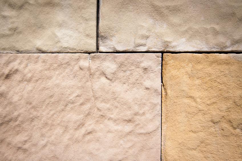 Ściana z piaskowca, a także porady jak wybrać piaskowiec na ścianę i piaskowiec na elewację