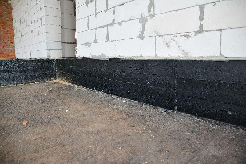 Hydroizolacja na budynku, a także izolacje przeciwwodne, rodzaje, zastoowanie, wady i zalety oraz opinie
