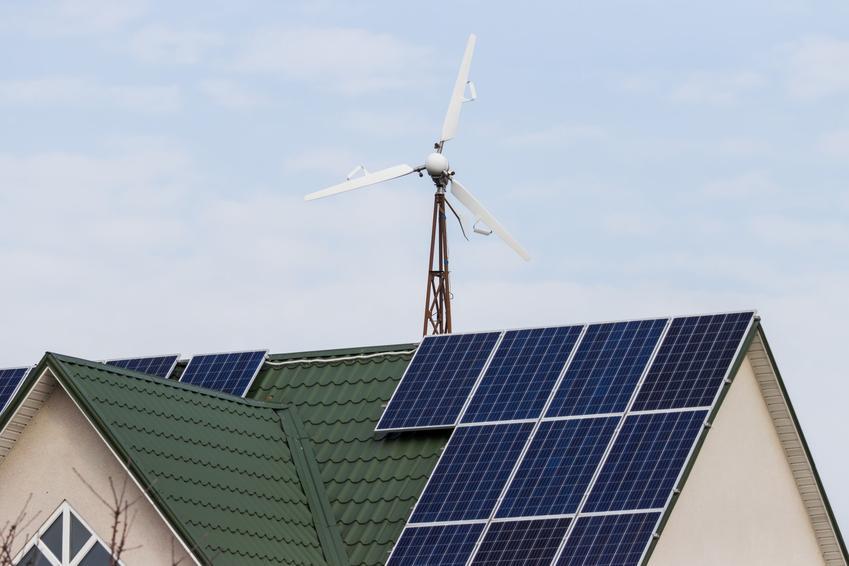Odnawialne źródła energii na domu oraz wiatraki elektryczne, małe wiatraki prądotwórcze