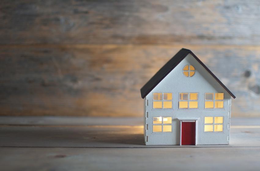 Makieta domu oraz zasiedzenie w złej wierze, zasiedzenie nieruchomości w dobrej wierze