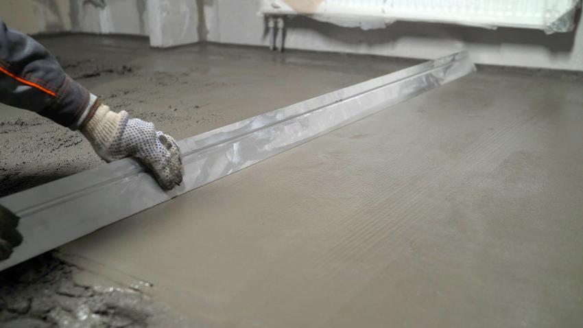 Zacieranie betonu na miejscu budowy, a także po jakim czasie je przeprowadzić