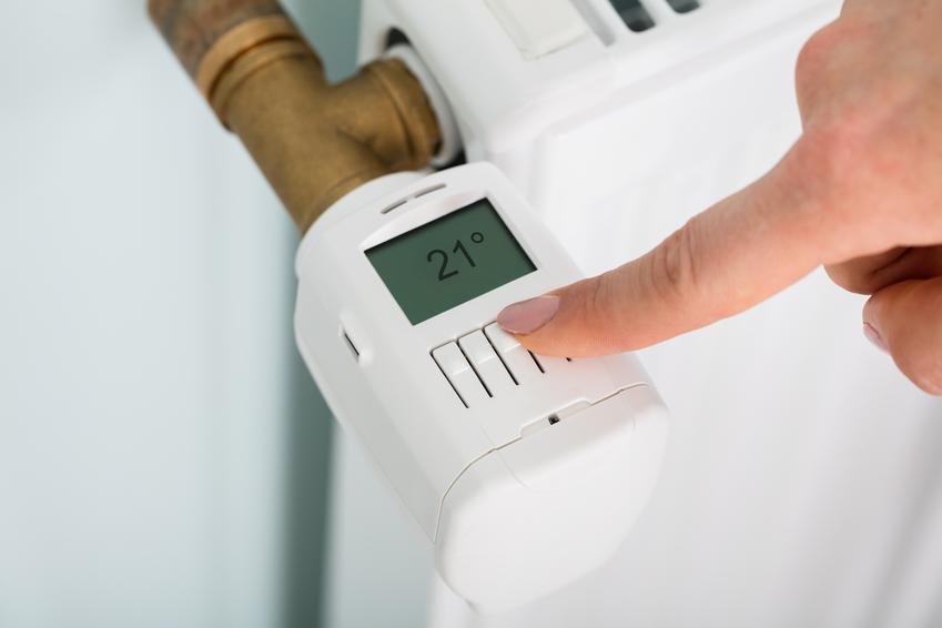 Elektroniczny zawór termostatyczny, a także polecane zawory termostatyczne do grzejników z głowicą termostatyczną