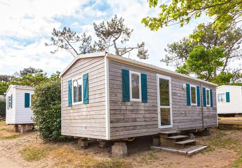 Domek holenderski na małej działce, a także ceny domków, porady, analiza, wady, zalety oraz opinie budowy