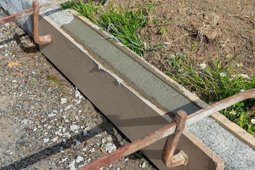 Szalunek tracony na budowie, a także system szalunku traconego i cena