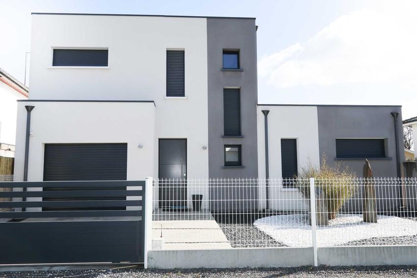 Okna w domu energooszczędnym w nowoczesnym stylu, a także, jakie okna do domu energooszczędnego krok po kroku