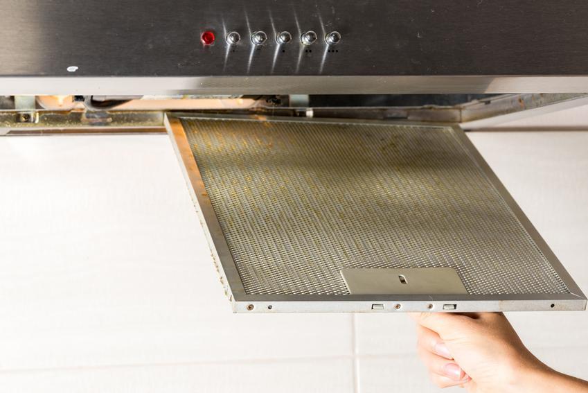 Filtr do okapu kuchennego, a także filtr węglowy do okapu i jego rodzaje