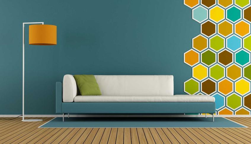 Łączenie kolorów może być naprawdę kontrastowe. Kolorowe ściany w tonacji zimnej lub ciepłej to jeden z najlepszych sposobów na barwny pokój.