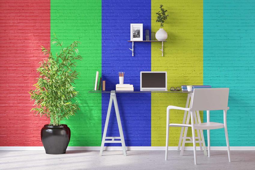 Zestawienie kolorów na ścianie to najlepszy sposób na uzyskanie bardziej nowoczesnego i oryginalnego wyglądu pomieszczenia. Wiele kolorów świetnie ze sobą współgra