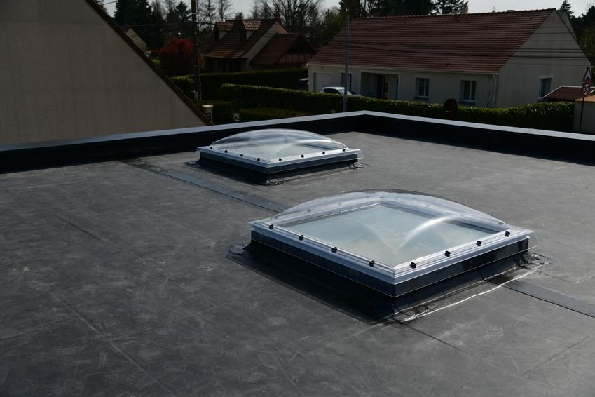Membrana EPDM na dachu płaskim, a także jej zastosowanie, cena i montaż