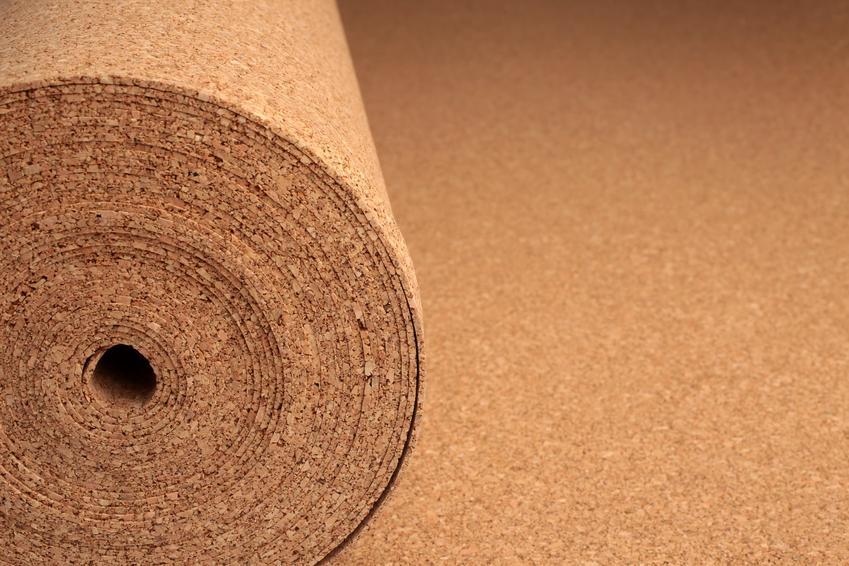 Korek ścienny w wałku, a także korek na ścianę, porady aranżacyjne i cena
