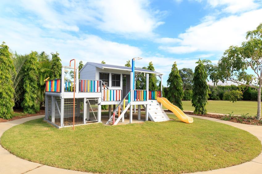 Domek ogrodowy na działce, a także domki ogrodowe dla dzieci, domki platikowe i inne rodzaje