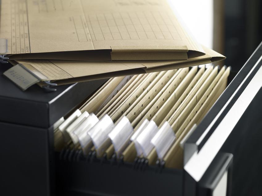 Rejestr w szufladzie, a także wypis i wyrys z rejestru gruntów, wypis z rejestru gruntów
