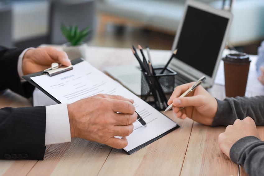 Podpisywanie umowy, a także umowa darowizny, akt darowizny, umowa o darowiznę