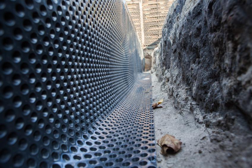Zaizolowane fundamenty, a także folia fundamentowa, cena, folia izolacyjna na fundamenty