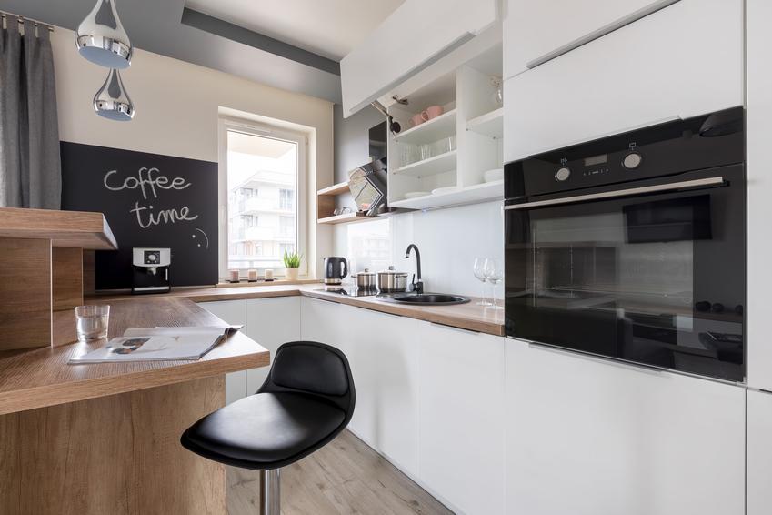 Nowoczesna mała kuchnia w bloku, a także inne ciekawe projekty kuchni i aranżacja kuchni