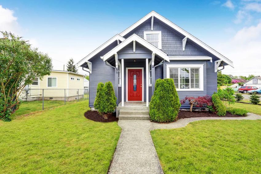 Dom parterowy z poddaszem, a także projekty, ceny oraz funkcjonalność krok po kroku